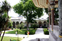 Topkapi Palace, third courtyard - click to enlarge